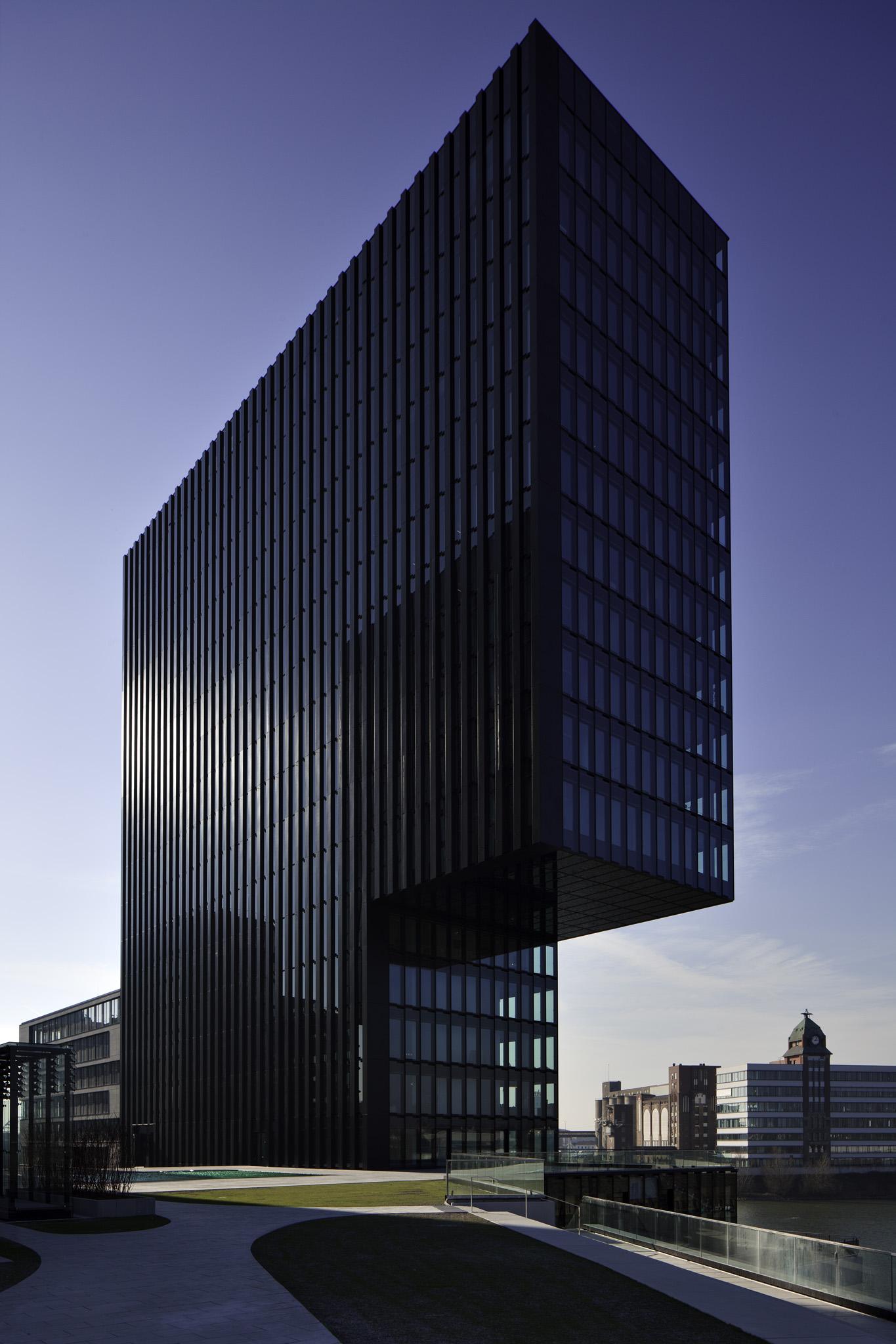 Hafenspitze Düsseldorf Architekten: JSK Planung: Schüßler-Plan